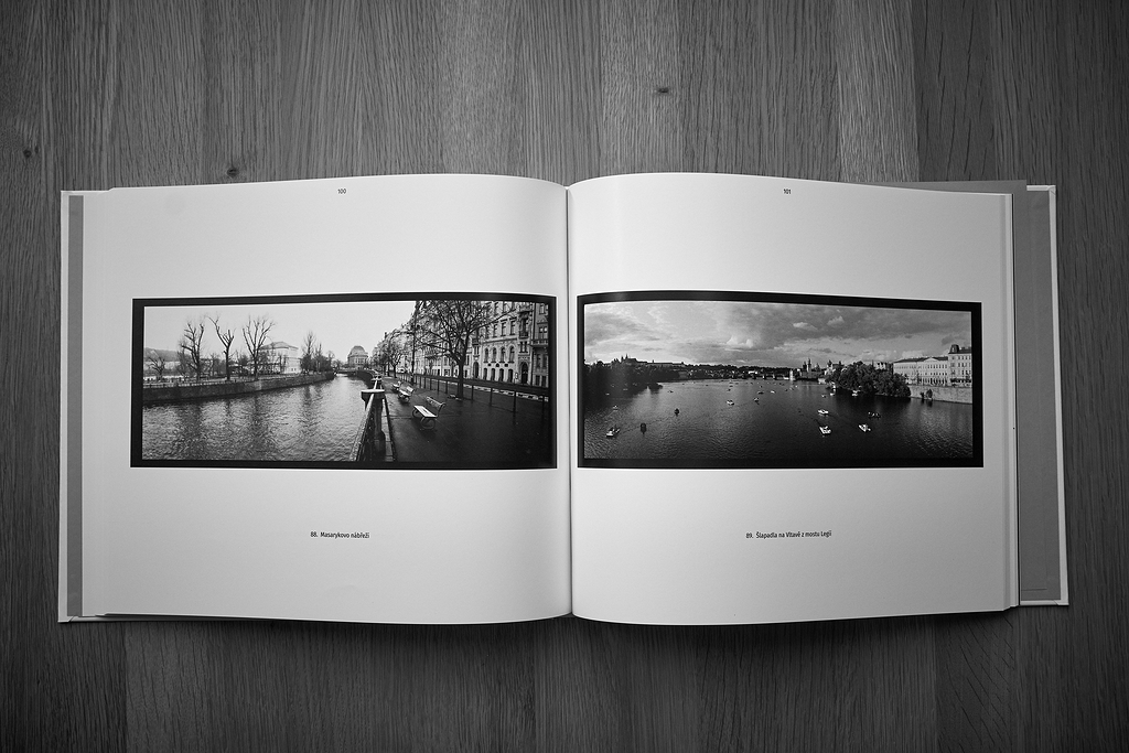 Pohled na knihu Praha Panoramatická